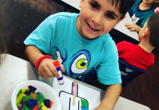 cute kid do coloring